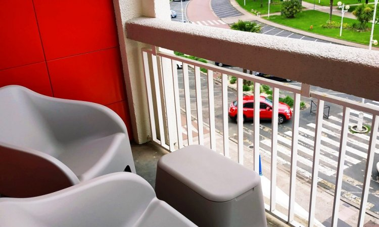 chambre côté mer avec balcon